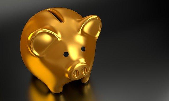 Pokladnička, prasátko, peníze